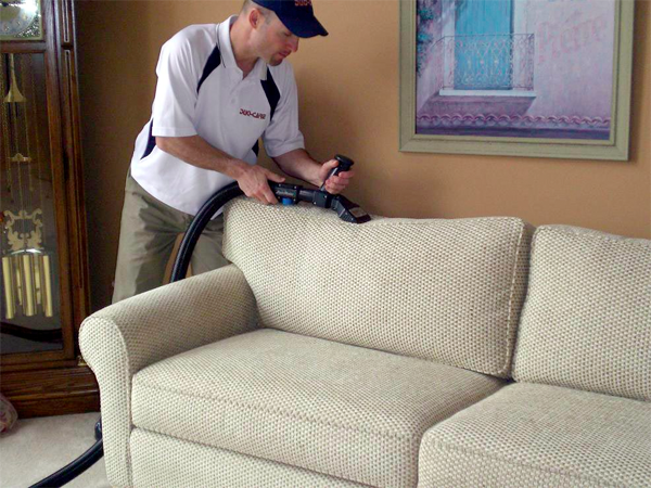 Macomb County Professional Upholstery Cleaning